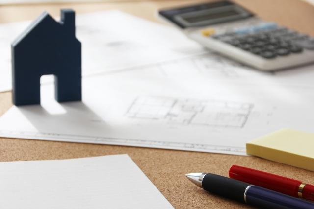 予算オーバーした家づくりで建築費を削減する5つの方法と注意点