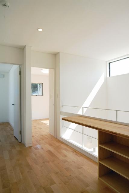 階段の窓と採光
