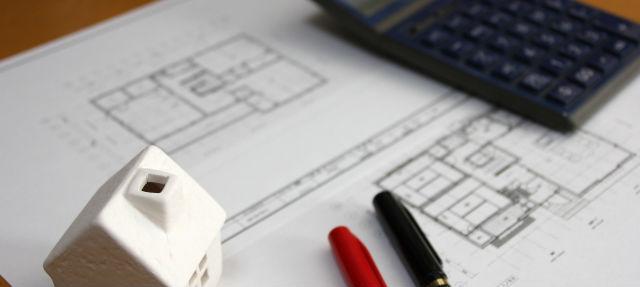 見積り項目が仕様書・設計図に記述されているかチェック